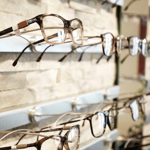 brillenwand_web